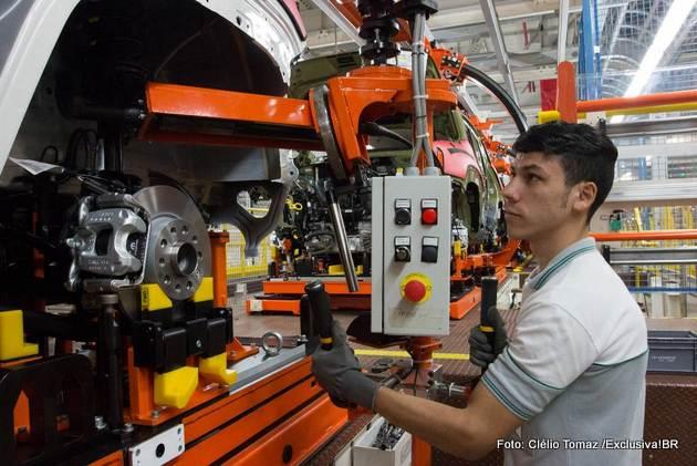 auxiliar de produção automotivo
